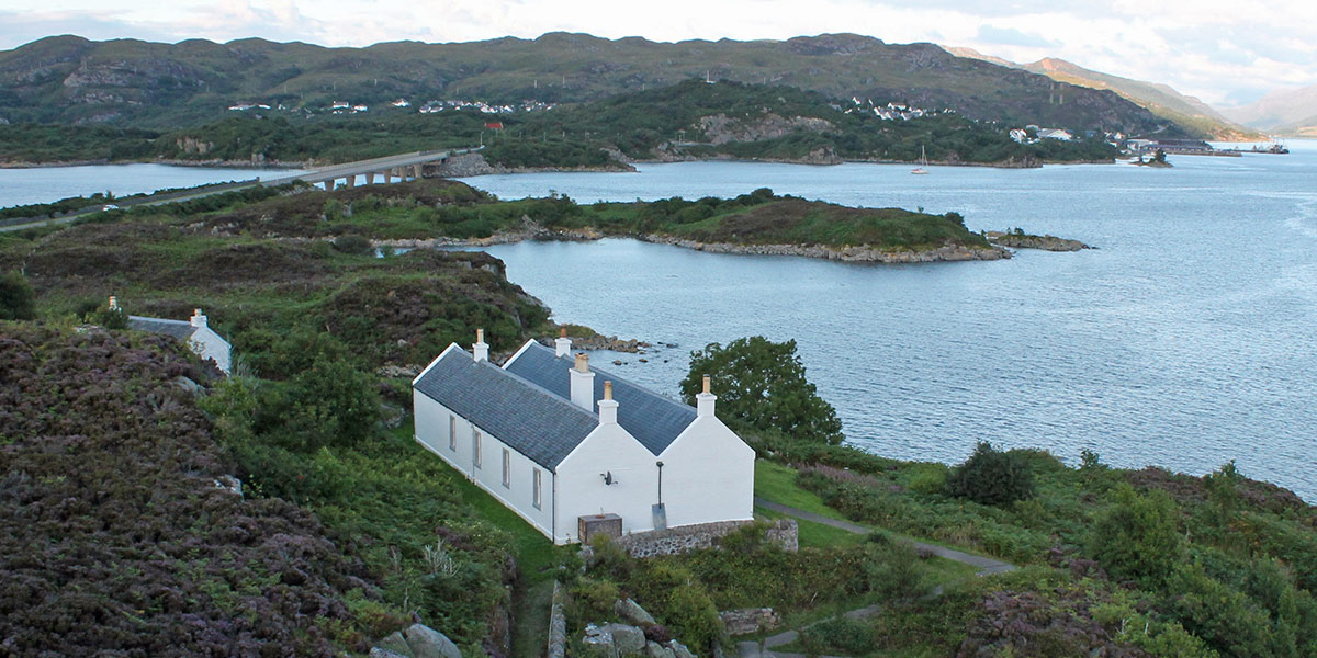 Plockton-Holiday-Lodges-Gavin-Maxwells-houses